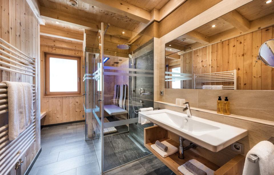Chalet Rudana - Badezimmer mit Dusche