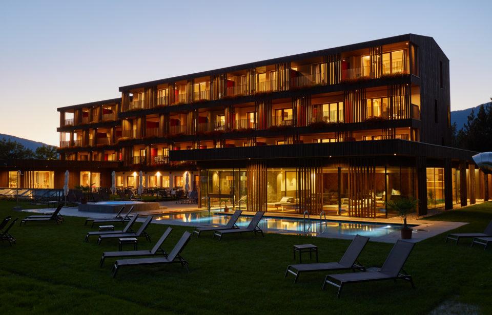 Hotel in Holz gebaut - Massivholzzimmer