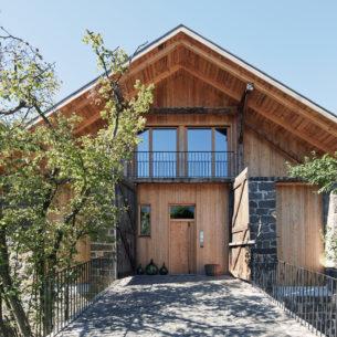 Holzwände aus 30 cm leim- und metallfreien Wänden