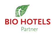 BIOHOTELS Partner Logo - holzius ist Biohotels Partner