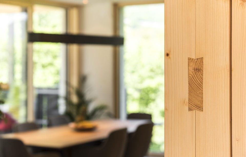 Aufstockung Eppan - leim- und metallfreies Massivholz-Verbindungssysteme