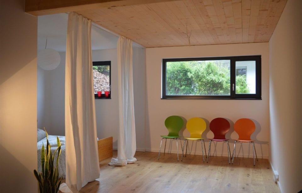 Ufficio e casa plurifamiliare con apparatmento da affittare - costruito con sistema holzius
